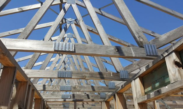 Uncovered trusses
