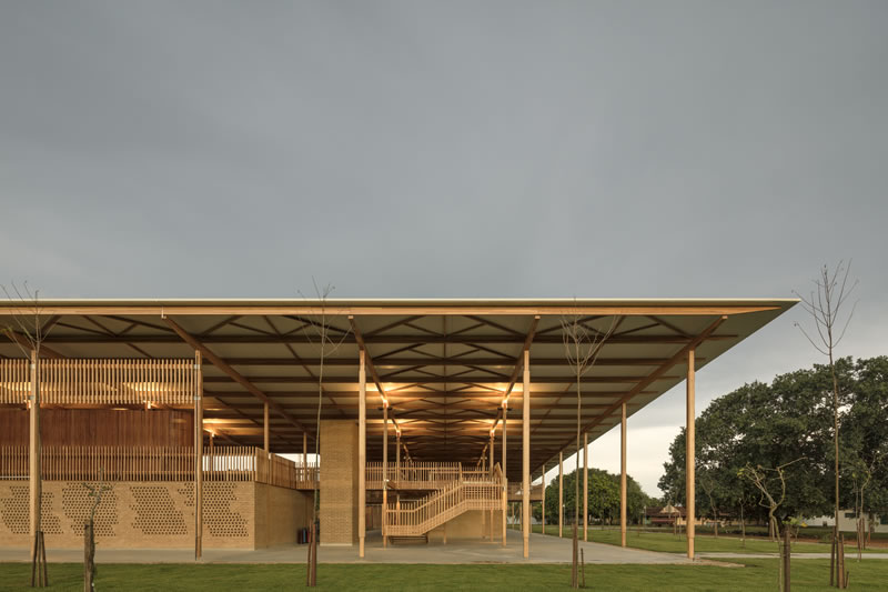 Timber Best Building